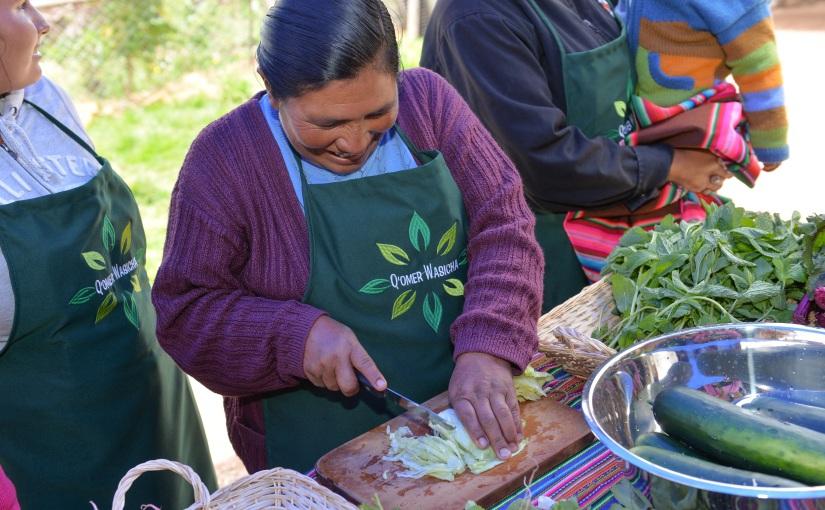 Chef de Belmont aprende de la comunidad deMarccu