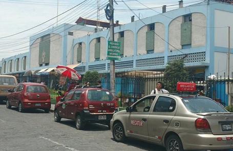 AREQUIPA | San Camilo, donde se puede comer rico y comprarjuguetes