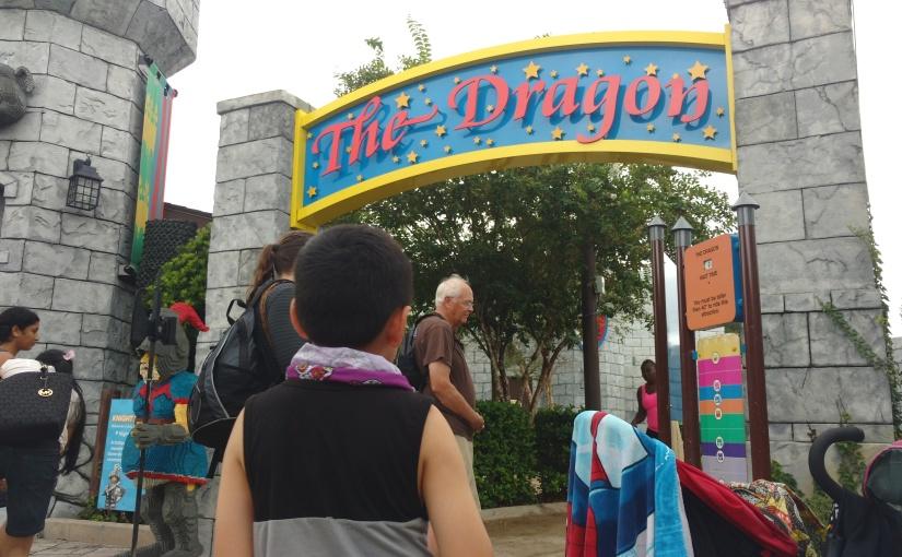 EEUU | Dragones, reyes en zancos y una gran fiesta en Kingdom de LegolandFlorida